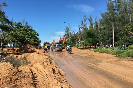 Yêu cầu dừng hoạt động của Công ty khai thác ti tan ở Bình Thuận