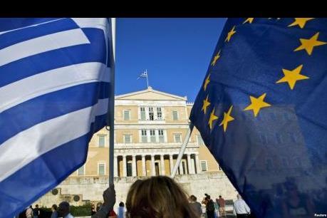 Eurozone giải ngân một phần tiền cứu trợ cho Hy Lạp