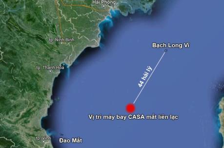 Bộ Quốc phòng làm việc với lãnh đạo Hải Phòng về tìm kiếm, cứu nạn máy bay CASA-212
