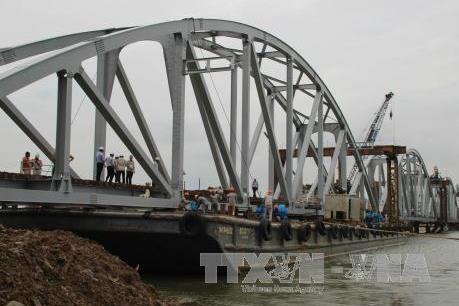 Xử lý 7 bãi đá ngầm dưới sông Đồng Nai tiêu tốn 200 tỷ đồng