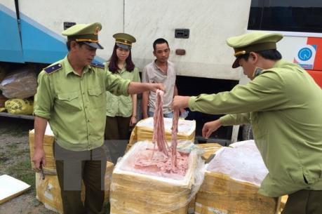 Bắc Giang bắt giữ khối lượng lớn nội tạng động vật hôi thối không có nguồn gốc