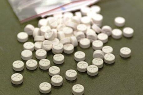 Quảng Trị: Bắt giữ vụ vận chuyển trái phép 4.000 viên ma túy