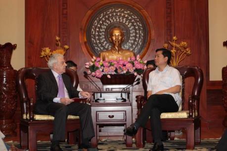 Bí thư Thành ủy Đinh La Thăng: TPHCM cam kết cải thiện môi trường đầu tư