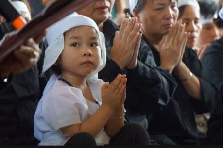 Nhận đỡ đầu con của Đại tá Trần Quang Khải tới năm 18 tuổi