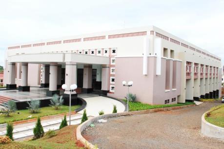 Trung tâm hội nghị tỉnh Đắk Nông khó vận hành do ... chưa được nghiệm thu