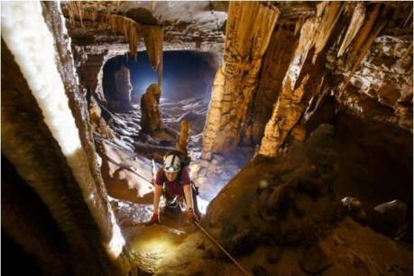 Cận cảnh 57 hang động mới được phát hiện ở Quảng Bình