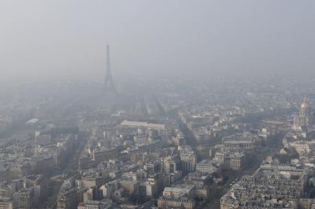 Pháp báo động tình trạng ô nhiễm môi trường