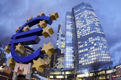 ECB đề nghị hỗ trợ các ngân hàng Hy Lạp