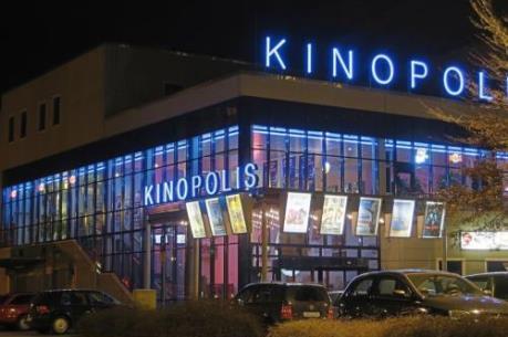 Tin mới nhất về vụ tấn công rạp chiếu phim tại Đức khiến hàng chục người bị thương