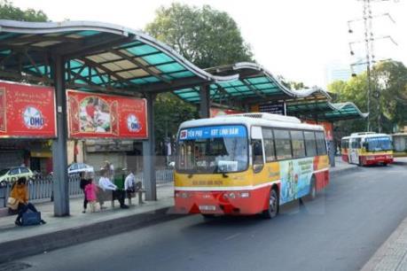 Kỳ thi THPT quốc gia năm 2016: Mỗi tuyến xe buýt Hà Nội một tình nguyện viên
