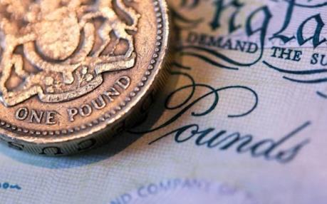 Đồng bảng Anh rớt giá gây khó cho ngành du lịch châu Âu