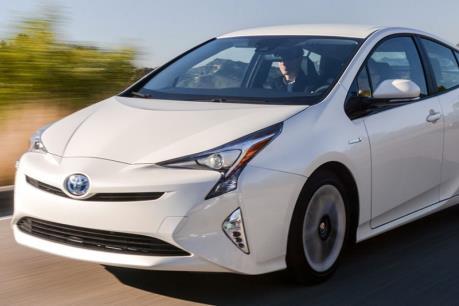Toyota thu hồi xe Prius và Lexus CT200h vì lỗi túi khí