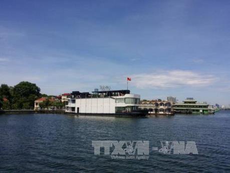 Di dời nhà nổi, du thuyền Hồ Tây: Sẽ tiến hành thanh tra trong tháng 7