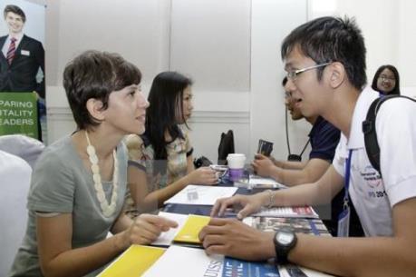 Kinh doanh dịch vụ tư vấn du học cần những điều kiện gì?