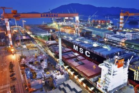 Hàn Quốc: Thặng dự thương mại vẫn lên mức kỷ lục