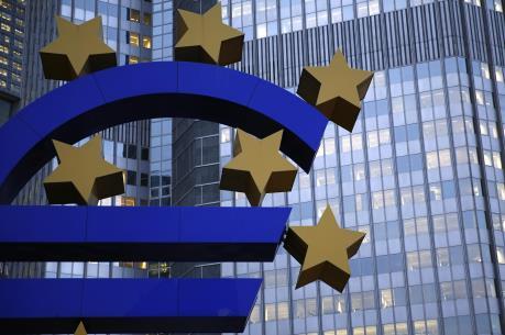 ECB sẽ không vội nới lỏng chính sách tiền tệ