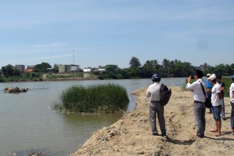 Rủ nhau đi tắm sông Dinh, 3 em nhỏ đuối nước thương tâm