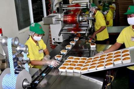 """Thị trường bánh Trung Thu: Các doanh nghiệp """"bung hàng"""" hút khách"""