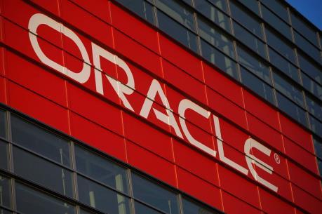 """Oracle """"gặp hạn"""" trong vụ tranh chấp về vi phạm hợp đồng với HP"""