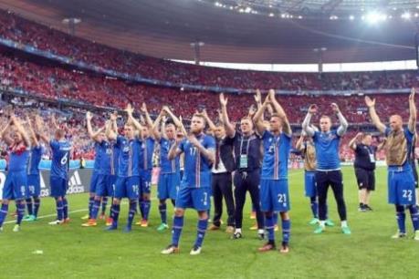 Đổi tuyển Xứ Wales và Iceland kiếm bộn tiền thưởng