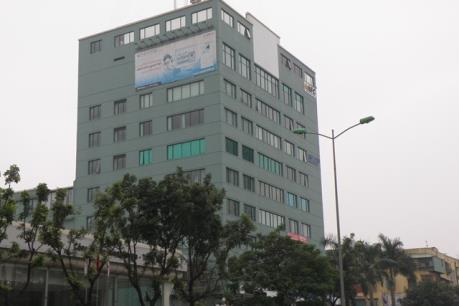Hà Nội: Đổ cột thu phát sóng tại tòa nhà Thăng Long Ford
