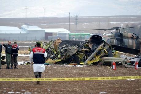 Vụ rơi máy bay quân sự Thổ Nhĩ Kỳ: 7 người thiệt mạng