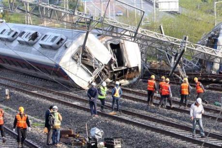 Tai nạn tàu hỏa tại Italy: Hàng chục người thương vong