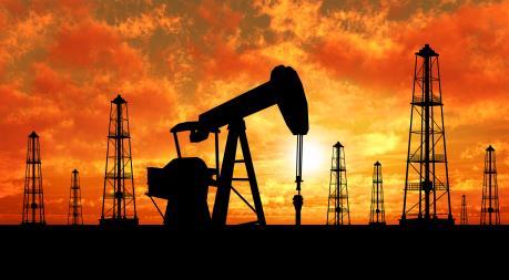 Giá dầu thế giới giảm mạnh sau báo cáo của DoE