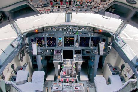 EgyptAir chi 864 triệu USD mua 9 máy bay Boeing 737-800