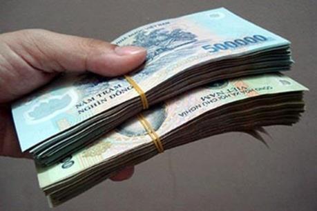 Long An: Bắt tạm giam một cán bộ thuế nhận hối lộ