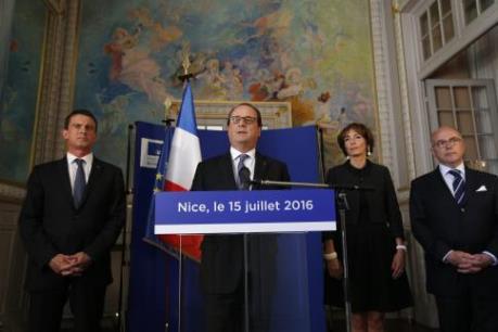 Vụ tấn công khủng bố tại Pháp: Khoảng 50 nạn nhân đang giành giật sự sống