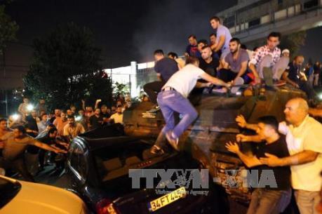 """Vụ đảo chính tại Thổ Nhĩ Kỳ: Tổng thống Erdogan lên án """"hành động phản quốc"""""""