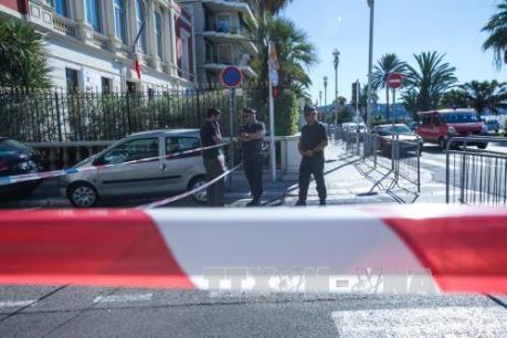 Vụ tấn công tại Pháp: Nhiều nước ráo riết tăng cường an ninh