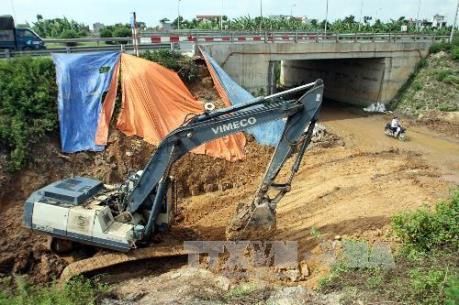 Hoàn tất điều tra bổ sung vụ vỡ đường ống nước sông Đà
