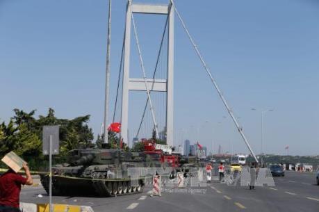 Vụ đảo chính ở Thổ Nhĩ Kỳ: Hơn 290 người đã thiệt mạng