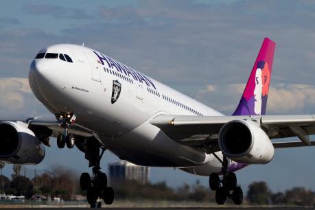 Máy bay của Hawaiian Airlines hạ cánh khẩn cấp ở Tokyo