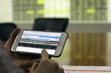 Chứng khoán chiều 18/7: Thị trường thăng hoa, VN-Index tăng gần 9 điểm