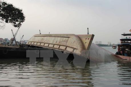 Tàu chở dầu bị chìm tại vùng biển Cô Tô