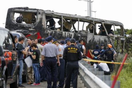 Cháy xe chở khách du lịch ở Đài Loan (Trung Quốc): 26 người thiệt mạng