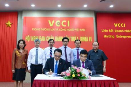 VCCI và HOSE hợp tác hỗ trợ doanh nghiệp