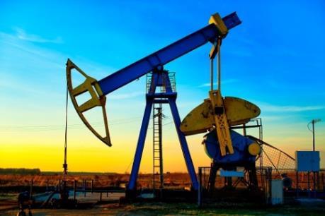 Giá dầu Mỹ 19/7 chạm đáy của hai tháng