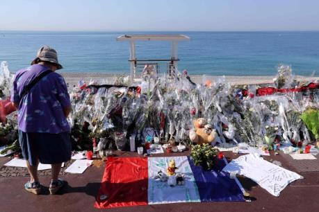 Vụ tấn công tại Pháp: Gần một nửa số nạn nhân mang quốc tịch nước ngoài