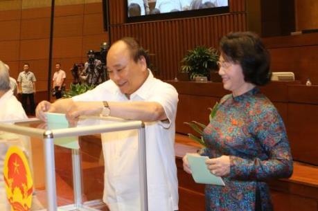 Kỳ họp thứ nhất, Quốc hội khóa XIV: Tiến hành bầu Chủ tịch Quốc hội, Phó Chủ tịch Quốc hội