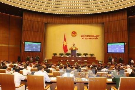 Bên lề kỳ họp thứ nhất, Quốc hội khóa XIV: Nền kinh tế đang đi đúng hướng