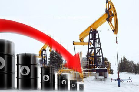 Giá dầu thế giới ngày 21/7 giảm mạnh