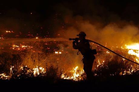Cháy rừng bùng lên tại bang California của Mỹ
