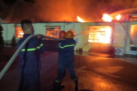 Thông tin chính thức về vụ cháy hơn 10.000 m2 xưởng sản xuất nến tại Hải Phòng