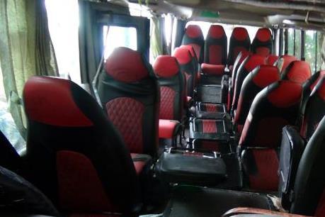 Bắc Kạn: Xe khách lao xuống vực, 9 người bị thương nặng