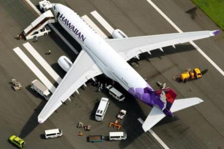 Máy bay của Hãng hàng không Hawaii hạ cánh khẩn cấp tại Nhật Bản