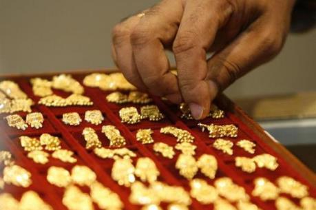 Giá vàng châu Á ngày 29/7 hướng đến tháng tăng giá 1%